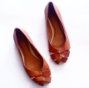 LUCKY BRAND Brown Leather Strappy Vamp Flats